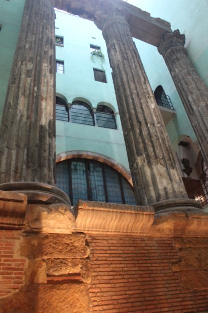Temple Romà d'Augusti