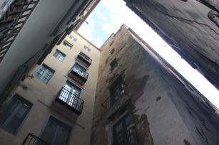Plaça dels Raïms, Europe's smallest square